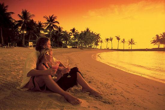观赏日落、海边吹风