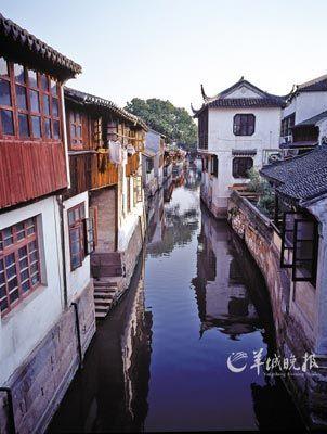 江南的水,是能被解构的,正如苏州的玉雕,大美极简。
