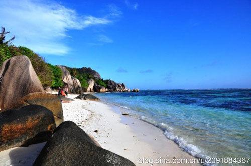 新浪旅游配图:德阿让海滩 摄影:杨珑荇
