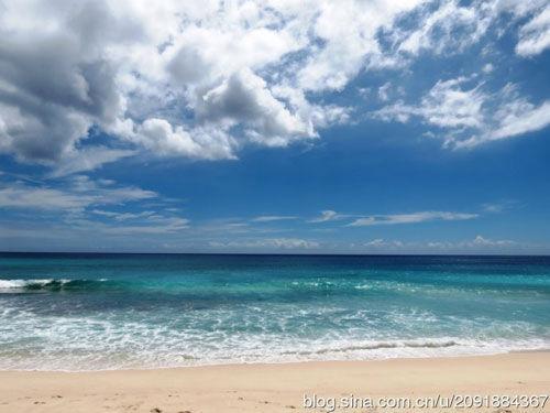 新浪旅游配图:马埃岛Anse Intendance海滩 摄影:杨珑荇