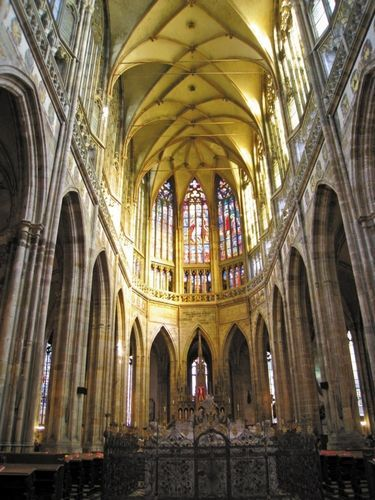 大教堂内部