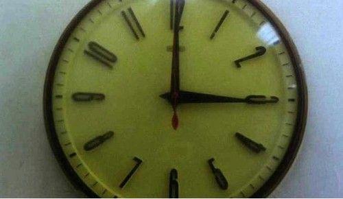 《阿飞正传》:1960年4月16号下午3点之前的1分钟你和我在一起,因为你我会记住这一分钟。