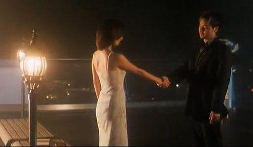 《星月童话》最后一幕——石家宝与Hitomi重逢在此,道一声:多多关照