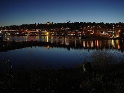 浪漫的不夜城