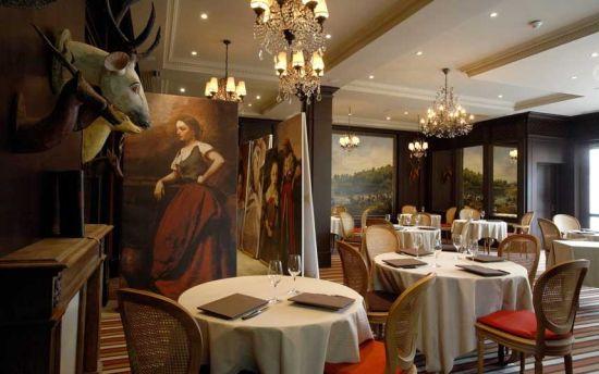 Les Etangs de Corot酒店 法国阿夫赖城