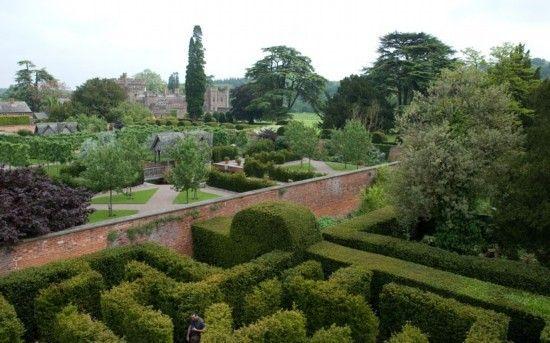 汉普顿皇宫的树篱迷宫