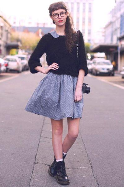 女生简约风格俏皮短裙打造复古清新范儿