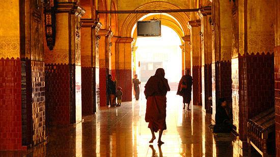 缅甸 在曼德勒隐居
