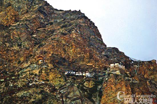 峭壁上的庙宇