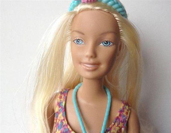 芭比娃娃卸妆后