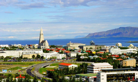 徒步旅行(冰岛雷克雅未克)