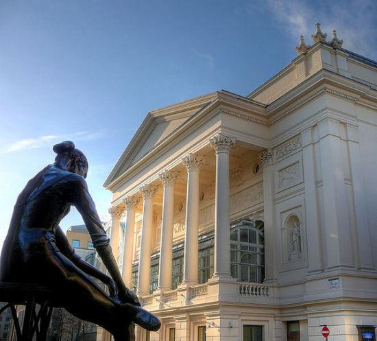 皇家歌剧院的午餐音乐会(英国伦敦)
