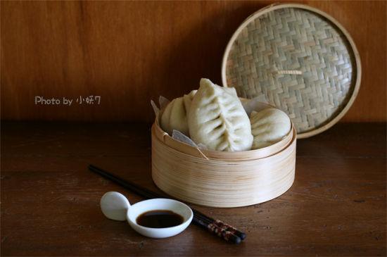 西葫芦鸡蛋虾仁包