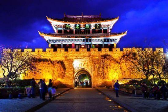 新浪上海旅游配图:大理古城 摄影:快乐人生