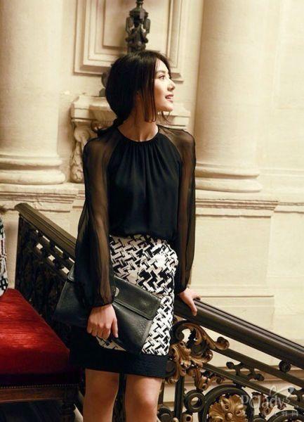 黑白的半裙
