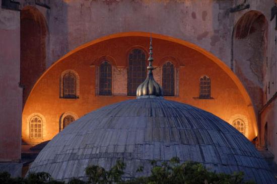 保卫伊德拉岛的防御建筑