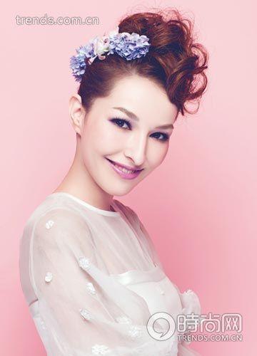 发型:造型师创意花样打造时尚新娘造型婚礼_宁齐刘海组图盘发短发图片