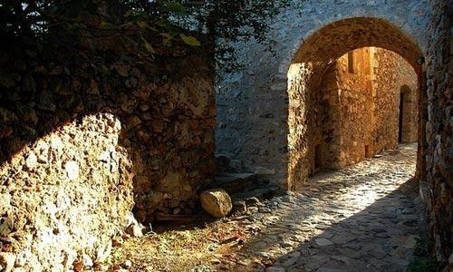 希腊著名诗人为了寻找创作灵感曾经在这里居住多年