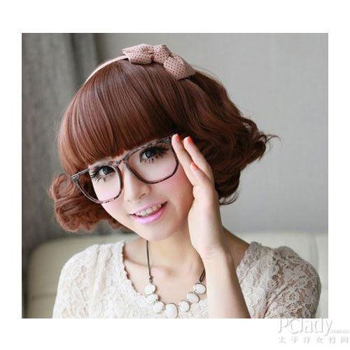 组图:戴眼镜MM适合的7款美丽发型大盘点