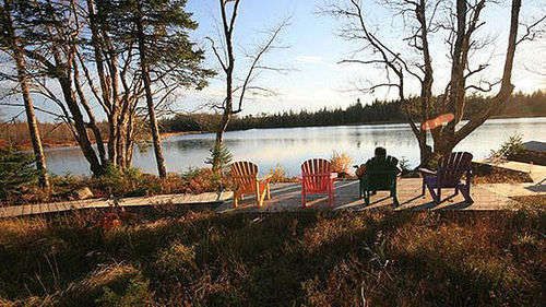 加拿大的湖畔启迪