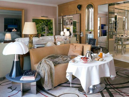 莱佛士皇家蒙索酒店