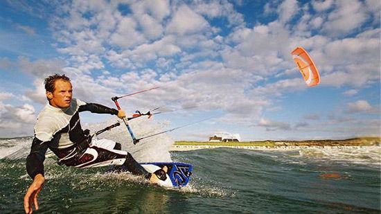 岛上活动与冲浪