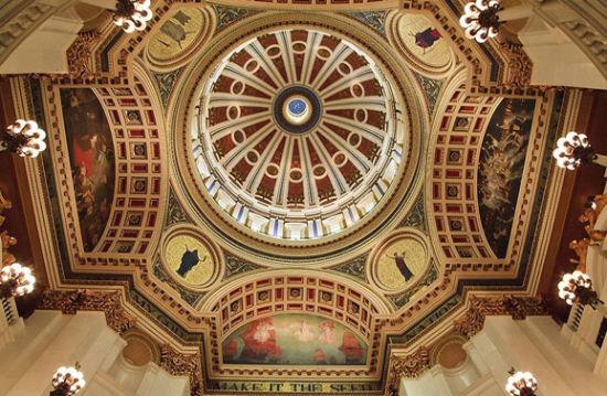 哈里斯堡的州议会大厦