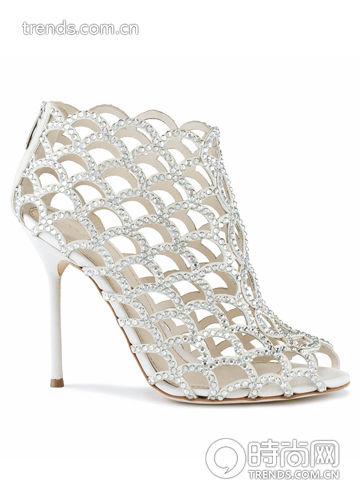 奶白色碎钻装饰及踝靴 Sergio Rossi