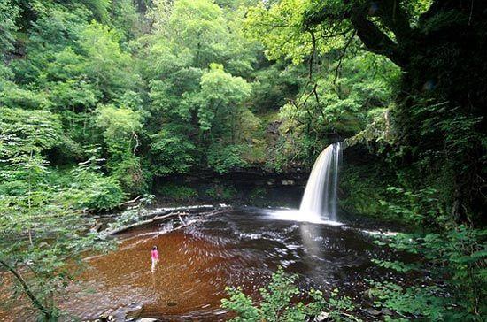 """天然""""按摩浴缸""""——Waterfall Woods"""