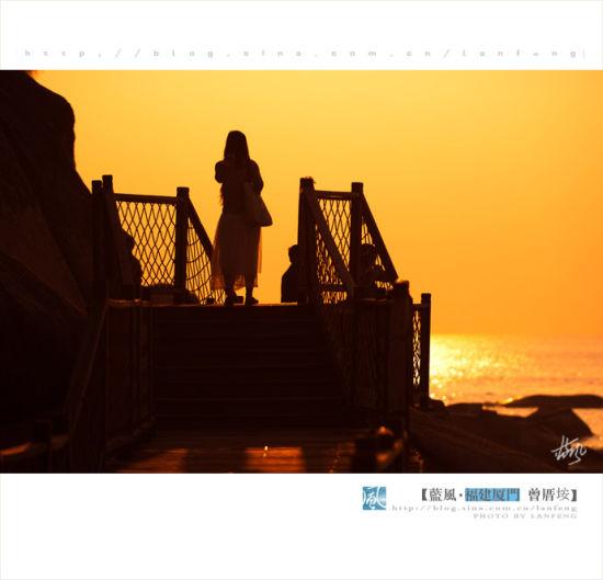 在厦门最美的海滩看日出