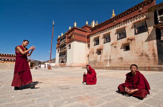 香格里拉(中国西藏喜马拉雅山)