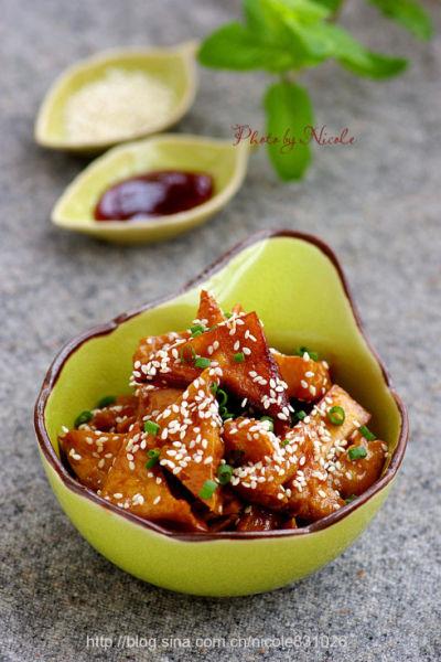 蜜汁叉烧豆腐角