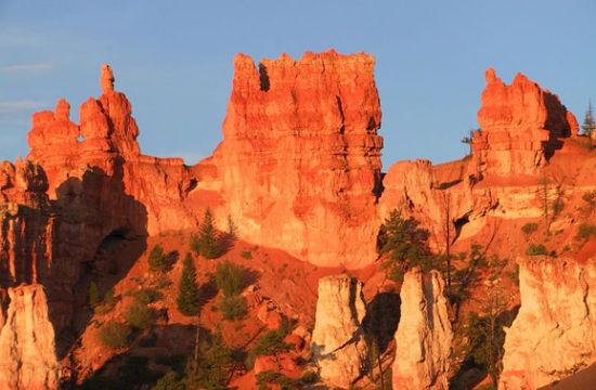 布莱斯峡谷国家公园喀斯特地貌