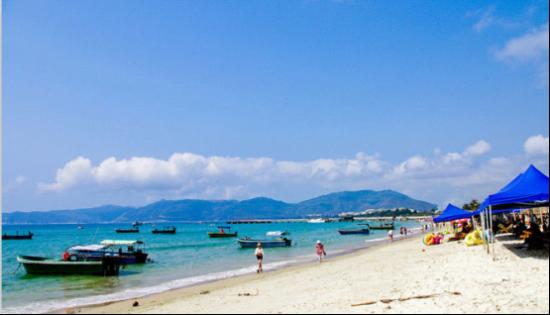 魅力海滩最是那抹旖旎蓝