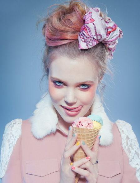 粉嫩糖果妆容