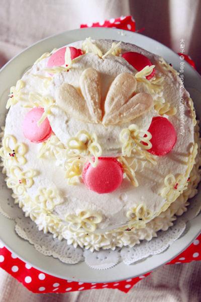 花漾草莓优格蛋糕