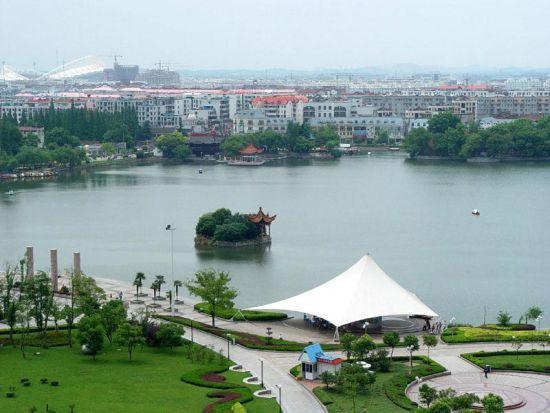 新浪旅游配图:公园景色 图片:芜湖政务网