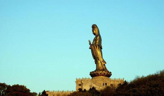 """铜像""""南海观音"""""""