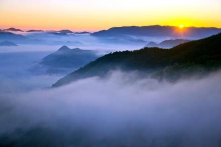 四明山云雾缭绕 犹如仙境
