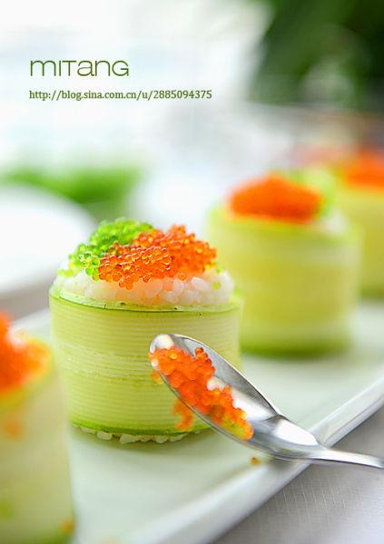 双色鱼籽寿司
