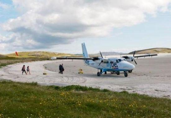 苏格兰巴拉机场