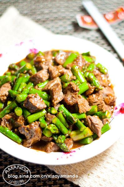 蚝油芦笋牛肉粒