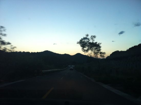 韩天线山路