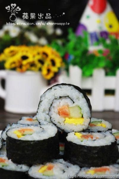 三文鱼紫菜包饭