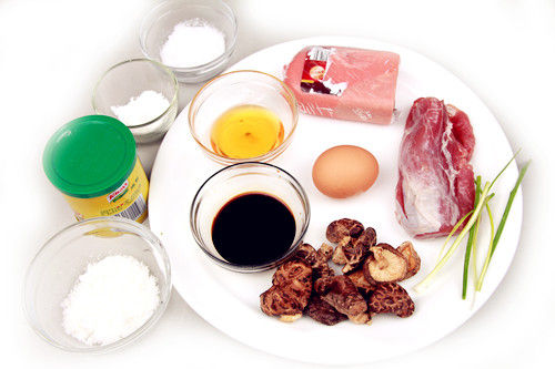 蒸香菇盒食材