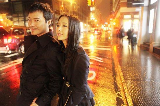 北京街上大秀恩爱