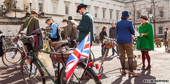 """伦敦的""""粗花呢""""主题单车骑行"""