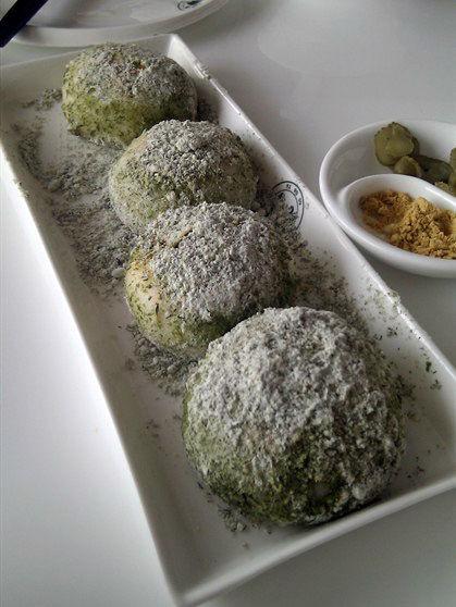 苔菜米馒头