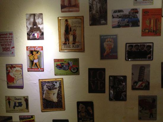 墙上的照片