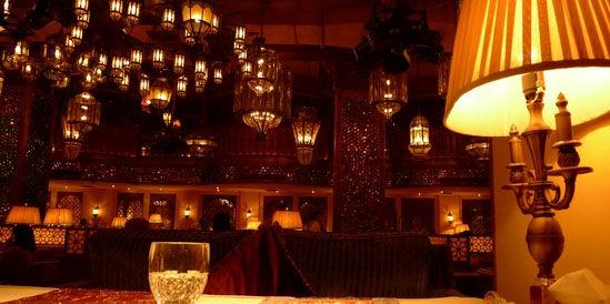 浪漫咖啡红酒吧